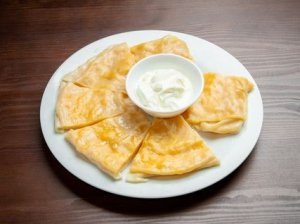 ханум с сыром